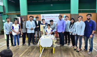 Birthday celebration of kapil lohana with student and team.