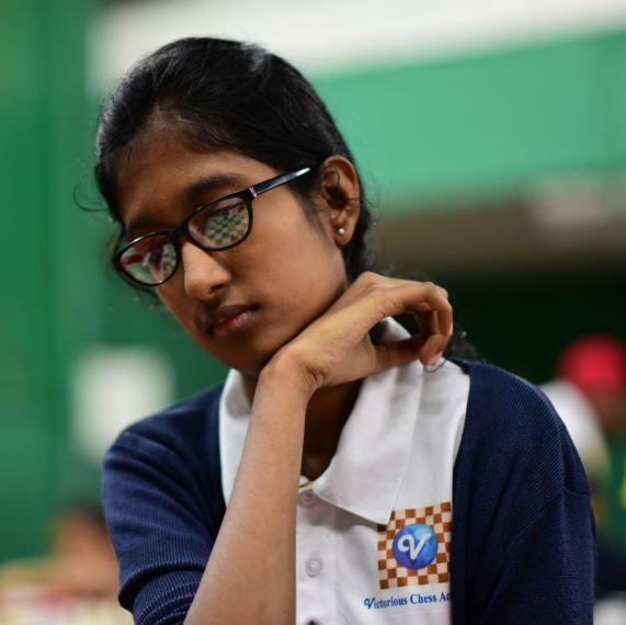 Disha Dhore thinking during chess match