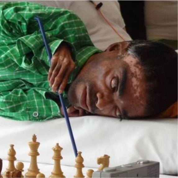 Shailesh Nerlikar playing chess with sticks