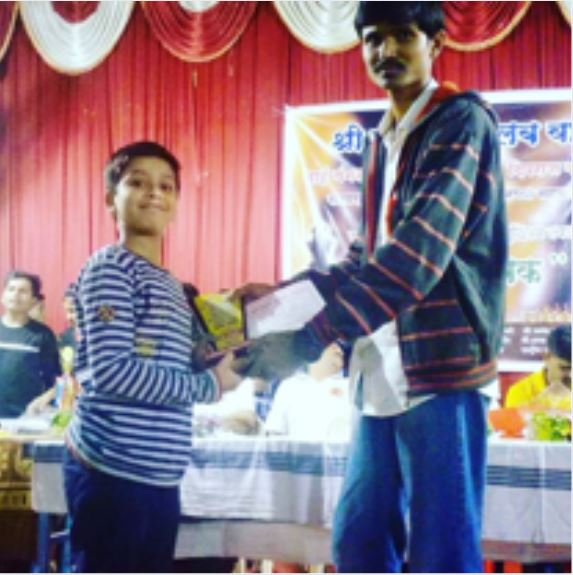 Sairaj Gaikwad receiving prize in chess tournament