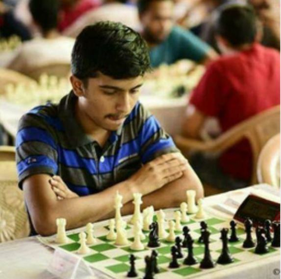 Tejas Joshi playing chess